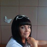 Наталья Ланская