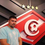 Олег Серегин