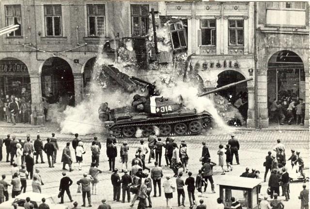 Картинки по запросу майдан в венгрии картинки