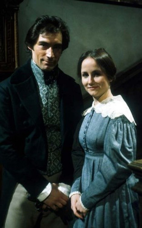 a comparison of mr rochester and st john in charlotte brontes jane eyre Bronte uses mrrochester as a contrast to mrs reed, mr brocklehurst, and st john rivers mr rochester changes his conventional ways, and then is able to live a more moral and happy life.