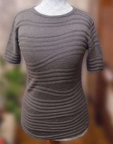 вязание спицами джемперок с волнами укороченными рядами