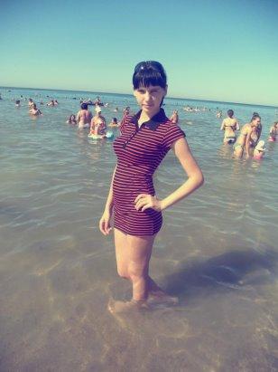 Девушка млеет у моря видео фото 79-719