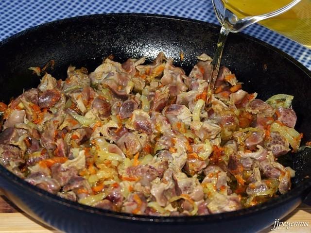 рецепт из куриных желудков с фото