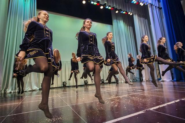 Девочки без трусов на дискотеке фото фото 770-309