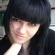 Лена Романчук