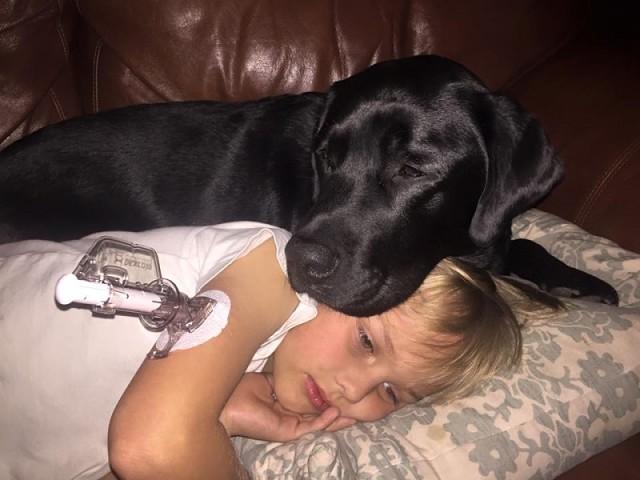Русский сын вошел к маме в спальню когда она спала фото 789-943