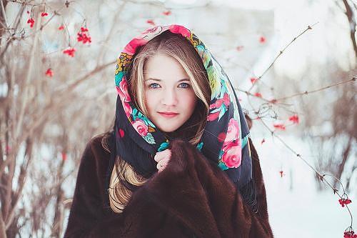 tolko-foto-russkih-devok-foto-golih-i-v-penyuarah-dam-balzakovskogo-vozrasta