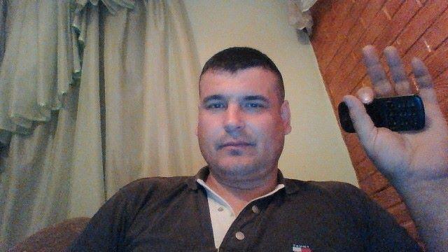 Andrei, 45, Telenesti