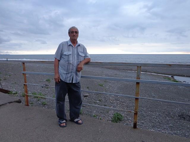 Ishxan, 72, Yerevan