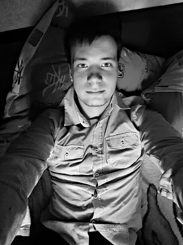 Sergey, 26, Krymskoye