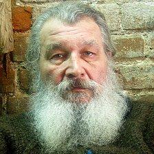 19 июля родился В.В.Маяковский.
