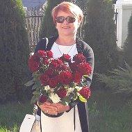 Valentina Andrei
