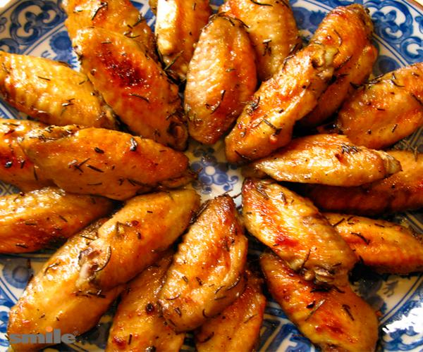 куриные крылышки с чесноком и майонезом в духовке