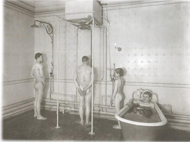 Гомосексуализм в банях фото 214-77