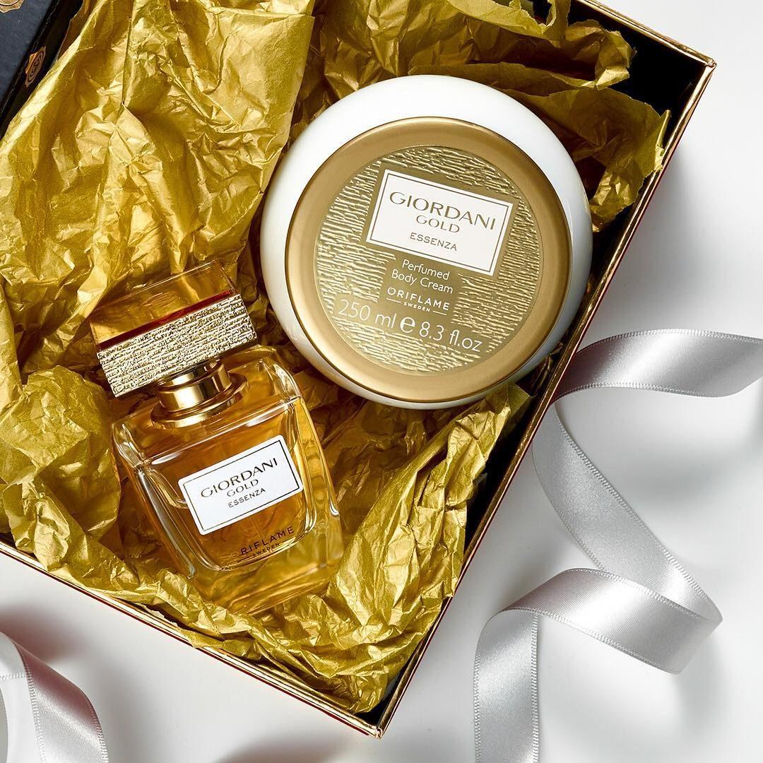 31816 Giordani Gold Essenza 50 Body Cream