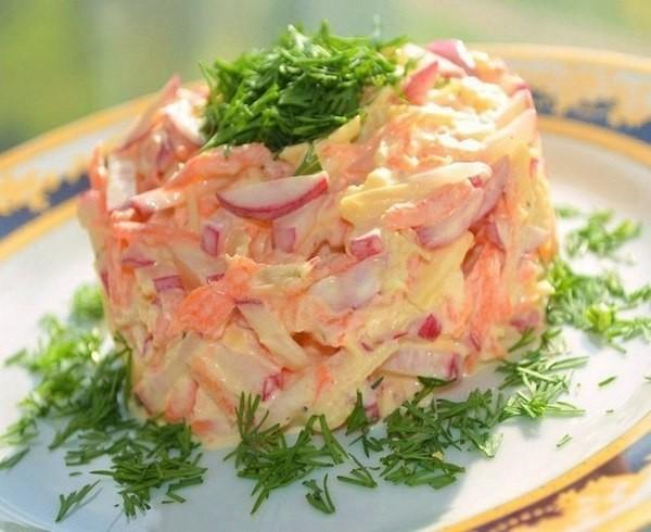 Салат с редиской и сыром