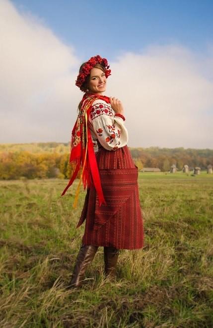 Образи природи в українській символіці вишитих візерунків 3de4b4405afd8