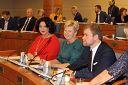 На последнем в этом году заседании Московской городской Думы. Рассматриваем законопроекты и постановления, касающиеся местного самоуправления в городе Москве.