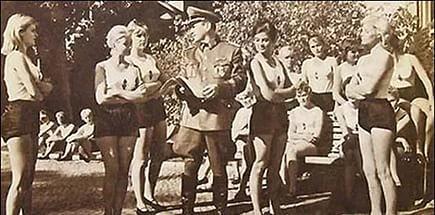 Солдаты скинулись и заказали себе проститутку фото 445-230