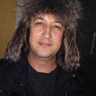 Арсен Тохтаров
