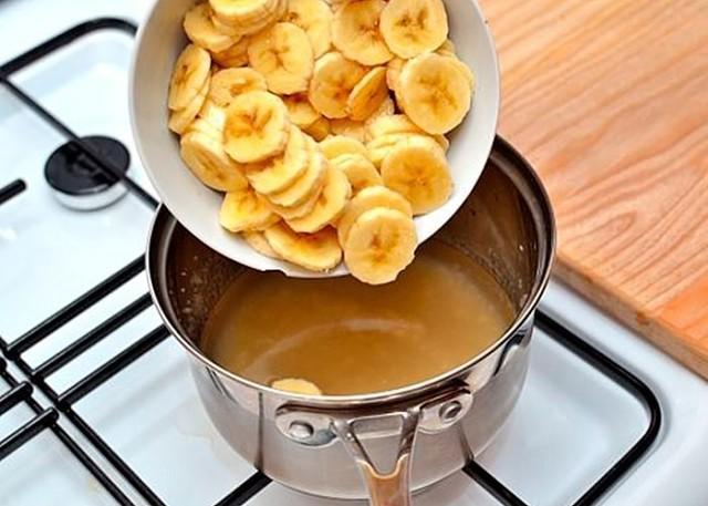Картинки по запросу Закипяти бананы с корицей и выпей перед сном