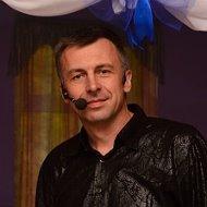 Юрий Раковский