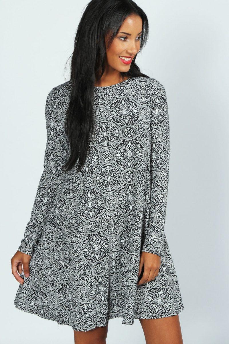541a8c025419ecc Девочки,помогите с выкройкой вот такого платья,только длинного и желательно  с цельнокроеным рукавом,на размер 58.Спасибо заранее))