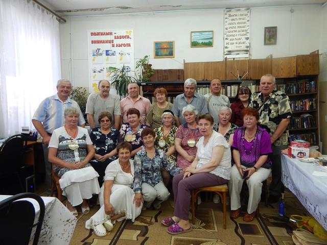 В библиотеке №2 вновь собрались члены общества ВОИ с семейными парами