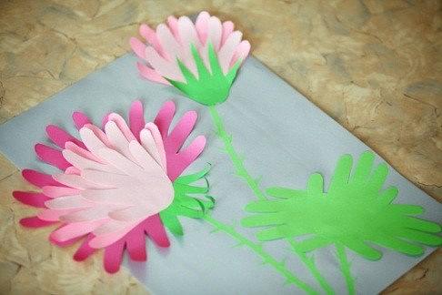 Открытка с цветком из ладошек, товары