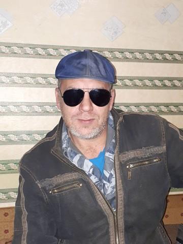 Виталий, 47, Morozovsk