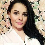 Олеся Сурина