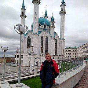Денис Рунов