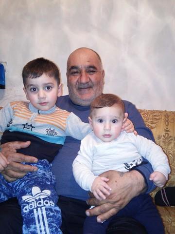 SURIK, 61, Gavarr