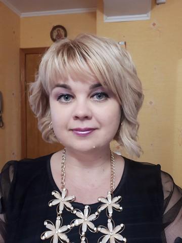 Алена, 45, Krasnoyarsk