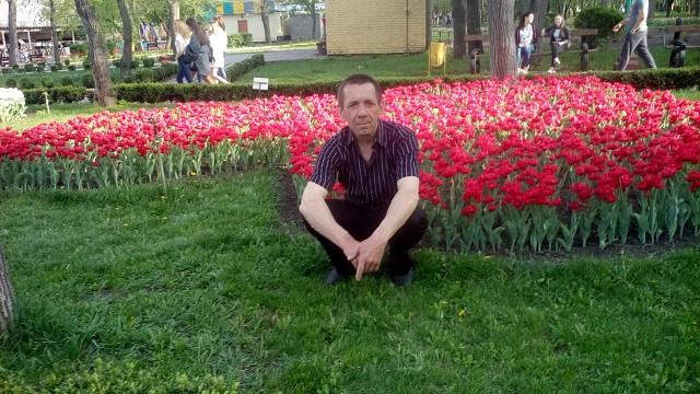 юрий, 57, Pomichna