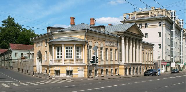 Усадьба Муравьевых-Апостолов на улице Старой Басманной