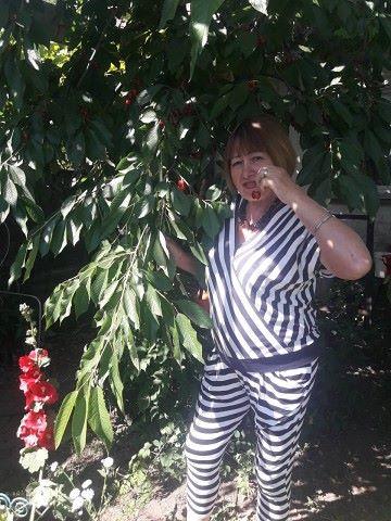 Tatyana, 64, Nikopol
