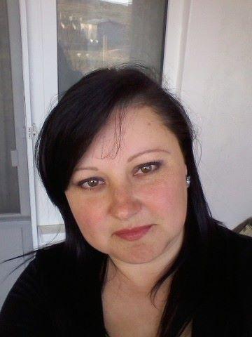 Катя Сезова