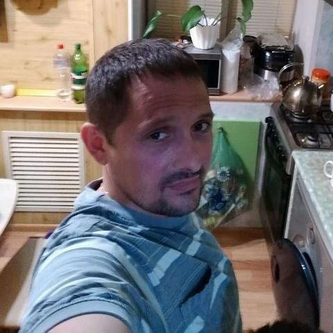 Dmitriy, 45, Izhevsk