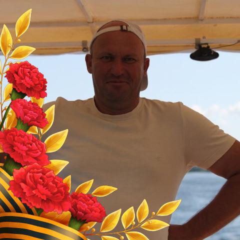 Dmitriy, 52, Engel's