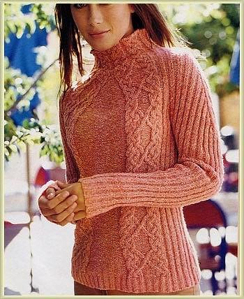 Женский свитер с косами, вязаный спицами