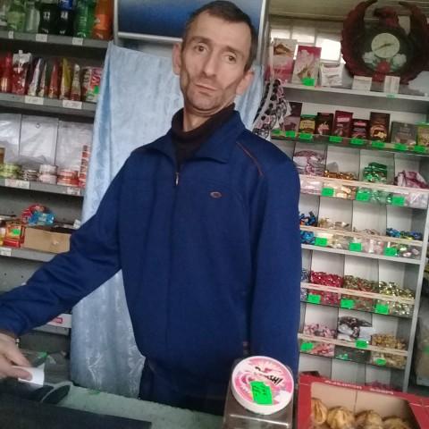 SUREN, 46, Shahumyan