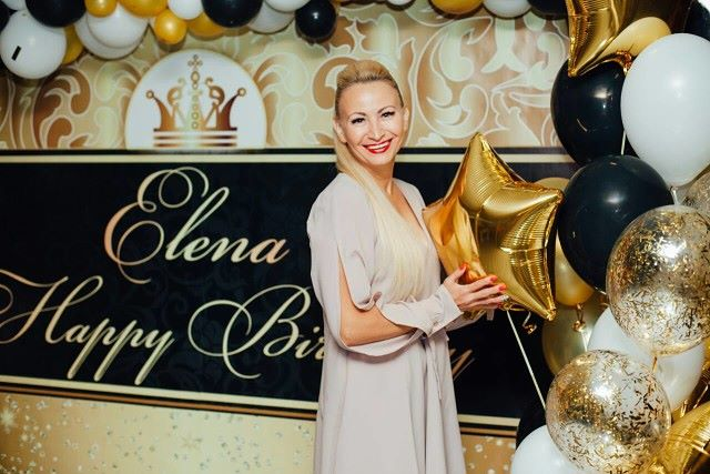 Elena, 43, Manassas