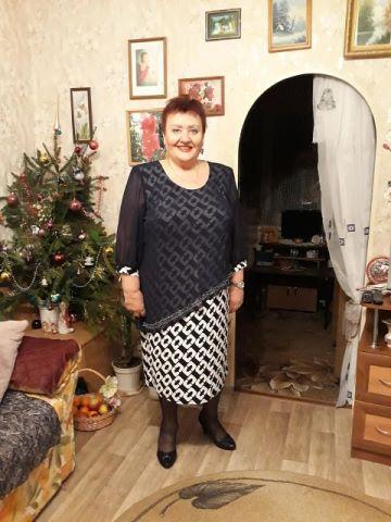 Anna, 68, Radchenko
