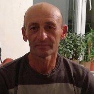 Идрис Ваджипов