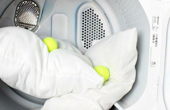 Картинки по запросу мыть подушки в стиральной машине