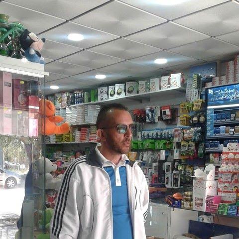Saber, 44, Oran