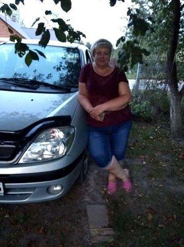 Elena, 51, Maladzyechna
