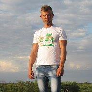 Александр Пахунов