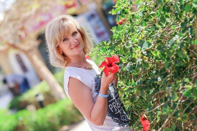 Tatyana, 49, Dnipro